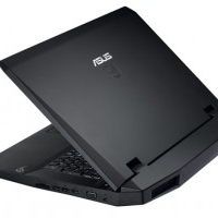 Laptop Asus G73JH i7 , 8GB RAM, 500GB HD, 17,3Zoll