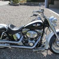 Harley Davidson Deluxe FLSTNI 1449 cm3