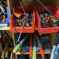 Werkzeuge zu verkaufen